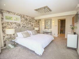 Shutts House Garden Apartment - Somerset & Wiltshire - 1016405 - thumbnail photo 18