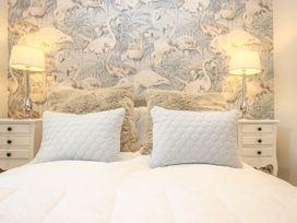 Shutts House Garden Apartment - Somerset & Wiltshire - 1016405 - thumbnail photo 23