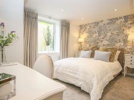 Shutts House Garden Apartment - Somerset & Wiltshire - 1016405 - thumbnail photo 24