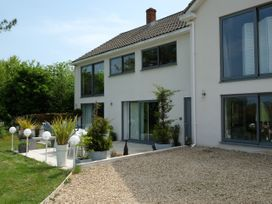 Shutts House Garden Apartment - Somerset & Wiltshire - 1016405 - thumbnail photo 29