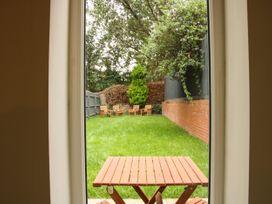 Courtyard Cottage - Shropshire - 1016483 - thumbnail photo 22
