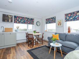 Burton Apartment - Anglesey - 1016558 - thumbnail photo 3