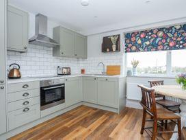 Burton Apartment - Anglesey - 1016558 - thumbnail photo 6