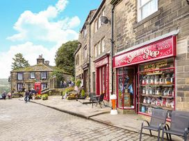 The Little Absinthe Cottage - Yorkshire Dales - 1016659 - thumbnail photo 13