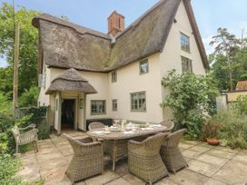 5 bedroom Cottage for rent in Huntingdon