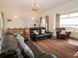 8 Mere View Avenue - Whitby & North Yorkshire - 1016901 - thumbnail photo 8