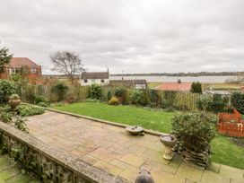 8 Mere View Avenue - Whitby & North Yorkshire - 1016901 - thumbnail photo 21