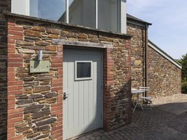 2 New Barn, Hillfield Village - Devon - 1016925 - thumbnail photo 2