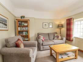 Stakesby House Apartment 3 - Whitby & North Yorkshire - 1017003 - thumbnail photo 3