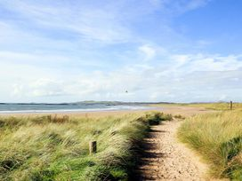 Crows Nest - Rhosneigr - Anglesey - 1017074 - thumbnail photo 9