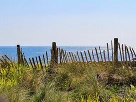 Crows Nest - Rhosneigr - Anglesey - 1017074 - thumbnail photo 23