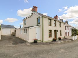 3 bedroom Cottage for rent in Newcastle Emlyn