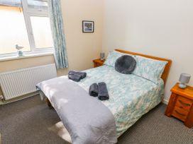 1 Homecroft Bungalows - South Wales - 1017256 - thumbnail photo 25