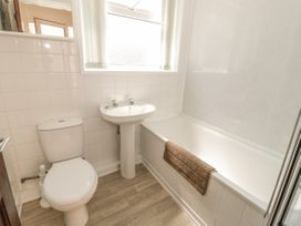 Cottage Bach - Anglesey - 1017359 - thumbnail photo 9