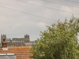 Abbey View - Whitby & North Yorkshire - 1017528 - thumbnail photo 19