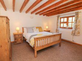 Old Hall Barn 3 - Shropshire - 1017755 - thumbnail photo 17