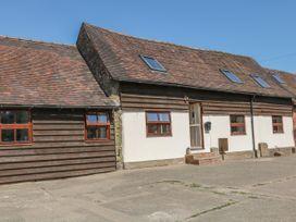 Old Hall Barn 3 - Shropshire - 1017755 - thumbnail photo 1