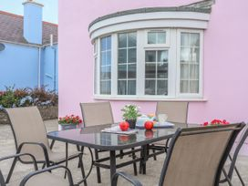 The Pink House - Anglesey - 1017927 - thumbnail photo 25