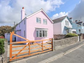 The Pink House - Anglesey - 1017927 - thumbnail photo 3