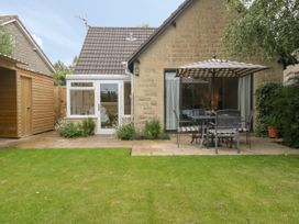 1A Erneston Crescent - Somerset & Wiltshire - 1018150 - thumbnail photo 26