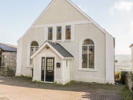 4 bedroom Cottage for rent in Penrhyn Bay
