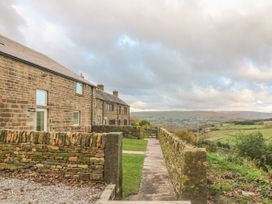 Upper House Barn - Peak District - 1018433 - thumbnail photo 2