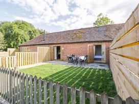 Pear Tree Cottage - Cotswolds - 1018537 - thumbnail photo 1