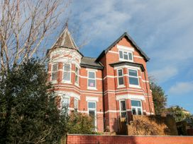 6 bedroom Cottage for rent in Teignmouth