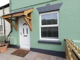 2 bedroom Cottage for rent in Leominster