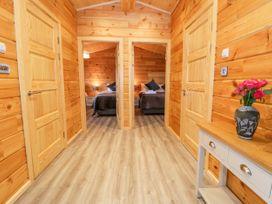Bryn Eiddon Log Cabin - Mid Wales - 1018963 - thumbnail photo 23