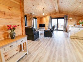 Bryn Eiddon Log Cabin - Mid Wales - 1018963 - thumbnail photo 12