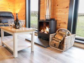 Bryn Eiddon Log Cabin - Mid Wales - 1018963 - thumbnail photo 11