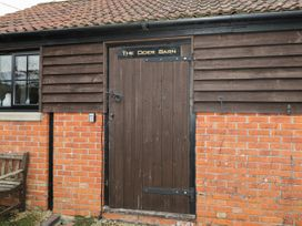 The Cider Barn - Somerset & Wiltshire - 1019003 - thumbnail photo 2