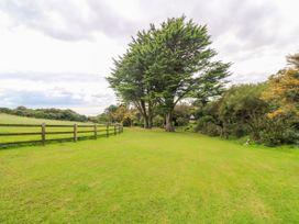 Poldowrian Farmhouse - Cornwall - 1019448 - thumbnail photo 21