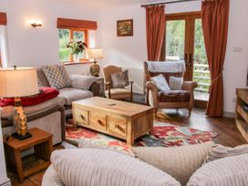 Dingle Cottage - Shropshire - 1020399 - thumbnail photo 3