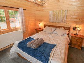 Bryn Derwen Lodge - North Wales - 1020489 - thumbnail photo 12