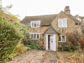 2 bedroom Cottage for rent in Banbury