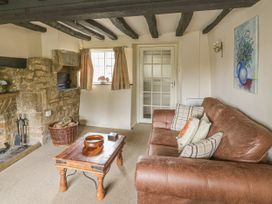 Spring Cottage - Cotswolds - 1020508 - thumbnail photo 2