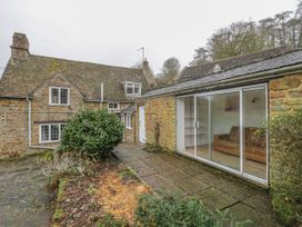 Spring Cottage - Cotswolds - 1020508 - thumbnail photo 19