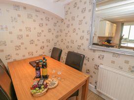 Talarfor Apartment - North Wales - 1020561 - thumbnail photo 9