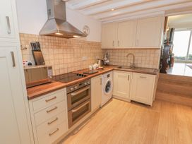 Talarfor Apartment - North Wales - 1020561 - thumbnail photo 11