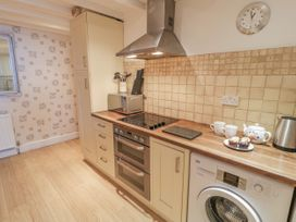 Talarfor Apartment - North Wales - 1020561 - thumbnail photo 12