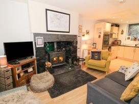3 Barlwyd Terrace - North Wales - 1020746 - thumbnail photo 4