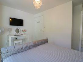 Apartment 3 - Cornwall - 1020802 - thumbnail photo 16