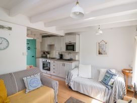 4 Thornlea Mews - Devon - 1021183 - thumbnail photo 2