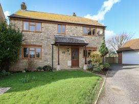 4 bedroom Cottage for rent in Bridport