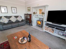 Whinstones at 4 The Villas - Northumberland - 1021325 - thumbnail photo 5