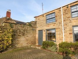Geer Cottage - Peak District - 1021360 - thumbnail photo 2