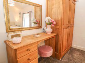 Royal Oak Cottage - Anglesey - 1021540 - thumbnail photo 10