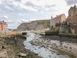 Salmon Cottage - North Yorkshire (incl. Whitby) - 1021542 - thumbnail photo 25